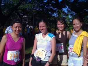 after the run...they had decent finish time (wag ko daw i-post)