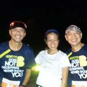 Chito and Mel who have finished xxxxx miles worth of races paying it forward.